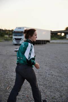Sara Vertongen in Geel Hesje (foto: Bart Van Merode)