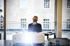 Christophe Aussems - Man in de mist tijdens eerste lezing - Foto: Bart Van Merode