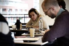 Sara Vertongen - Man in de mist tijdens eerste lezing - Foto: Bart Van Merode