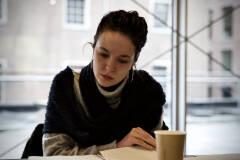 Aline Cornelissen - Man in de mist tijdens eerste lezing - Foto: Bart Van Merode
